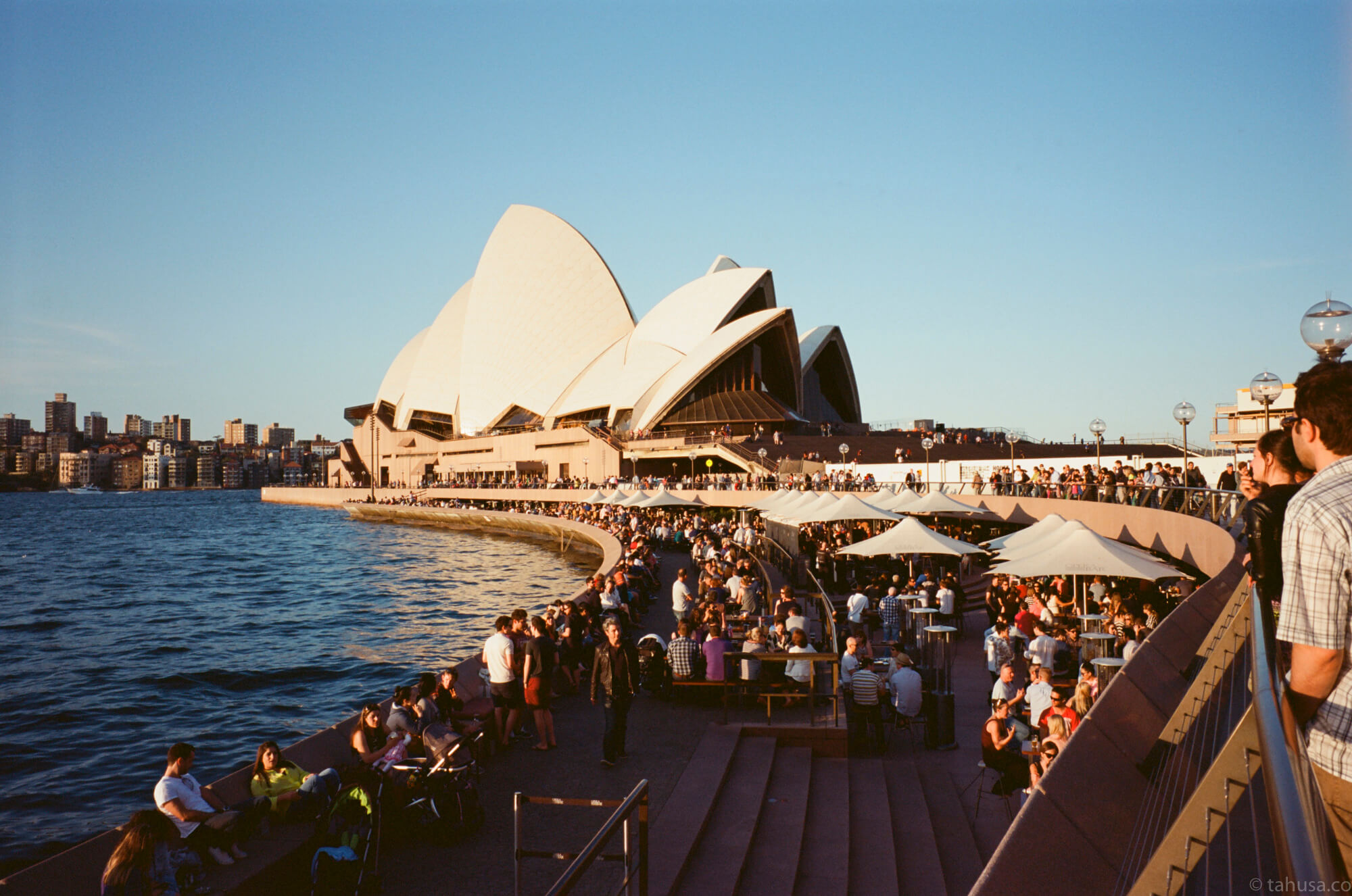 visiting-sydney-opera-house-in-Australia-using-Fuji-fujifilm-Klasse-W-28mm-f2.8-snapshot-point-and-shoot-Klasse-Kodak-Ektar-100-iso-low-speed-film-photography-shooter-Leica-lens-travel