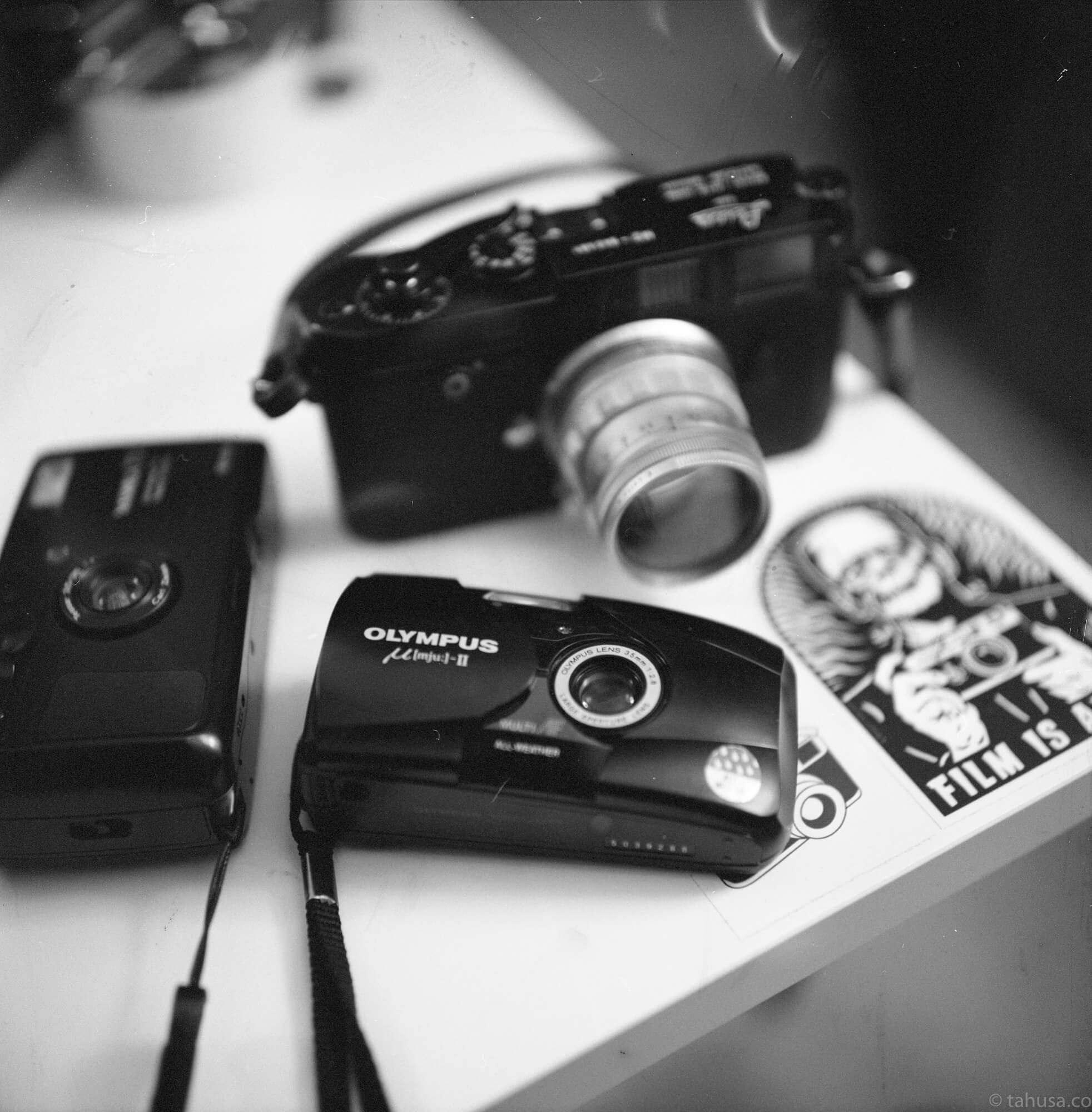 rolleiflex, 2.8F, 2.8F, Rollei, amateur, film beginner, comparison, delta hp5, difference, serious shooter, Hong Kong, HK, explore, explorer, exploring, 旅攝, 底片, 胶卷, v700 epson, 菲林, 比較, 用家, 分析, 菲林攝影, 單反, modern lens, leica camera, leica photo, street photography, summicron, summilux, summaron, summicron 35mm, 35mm f2, v1, 8elements, 8 elements, 八妹, 八枚玉, pre-asph, old lens, vintage lens, rangefinder, tone, soft, leica glow, image rendering, Delta 400, iso400, Delta, ilford, black and white film, film review, analog, analogue, film camera, film is not dead, 黑白