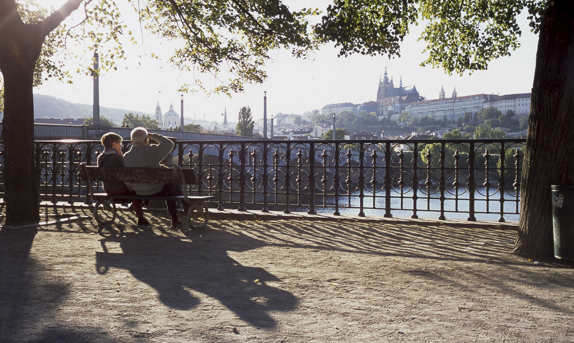 Prague-old-couple-sitting-enjoy-view-Czech-Republic-most-beautiful-small-town-Scenic-view-positive-film-analog-E6-provia-RDPIII-RDP-fuji-fujifilm-Summicron-35mm-f1-v1-canada-8elements-8ele-street-snap-streetphotography-photowalk