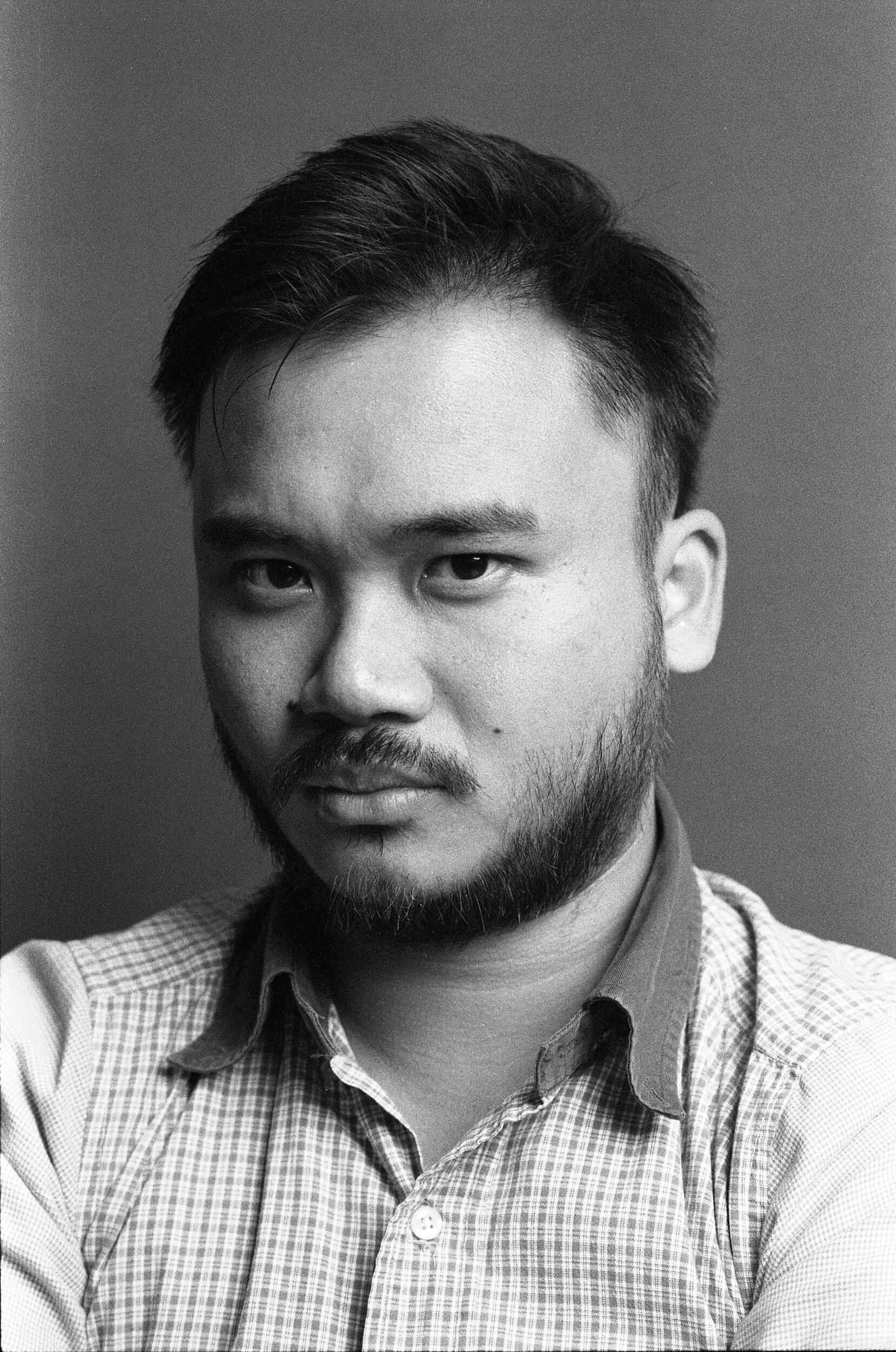 Bryan-Bryan-chan-media-Studio-flash-Studio-flash-photography-Black-and-white-BW-B&W-film-analog-snap-snapshot-night-tone-smooth-self-develop-HC-110-Kentmere-400-iso400-黑白-portrait-Nikon-f100-85mm-f1.8D-1.8