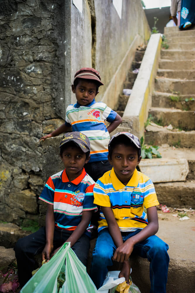 Brothers-outside-market-waiting-for-their-mother-sunday-market-Nuwara-Eliya-Sri-Lanka