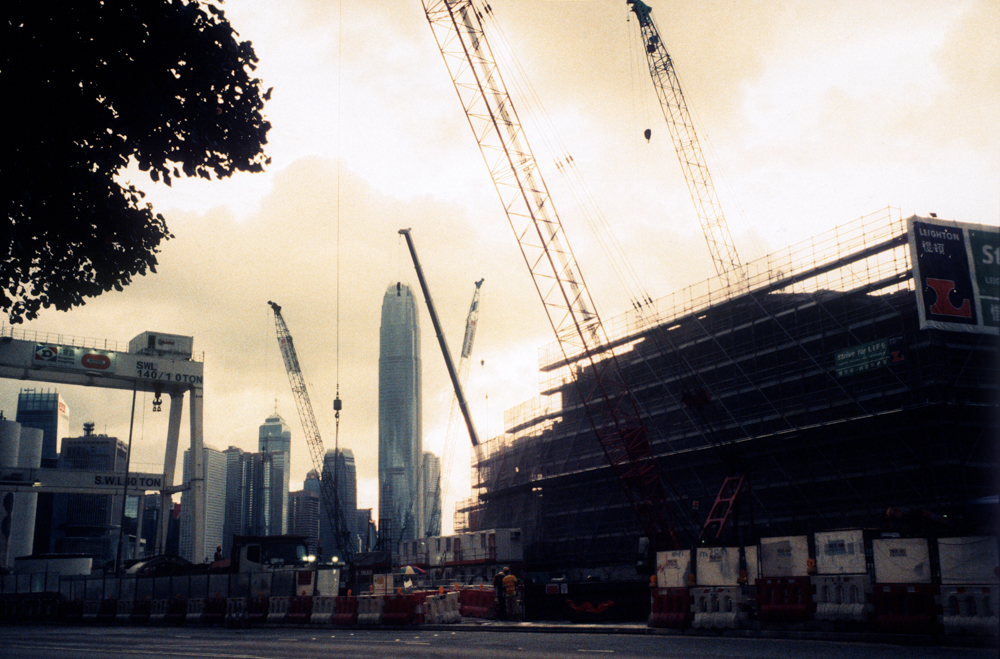 Complexity-and-complicated-constructions-in-Hong-Kong-Leica-Summicron-35mm-f2-IV-Pre-asph-Rollei-Vario-Chrome-320-Film-review-Photo-walk-in-hong-Kong
