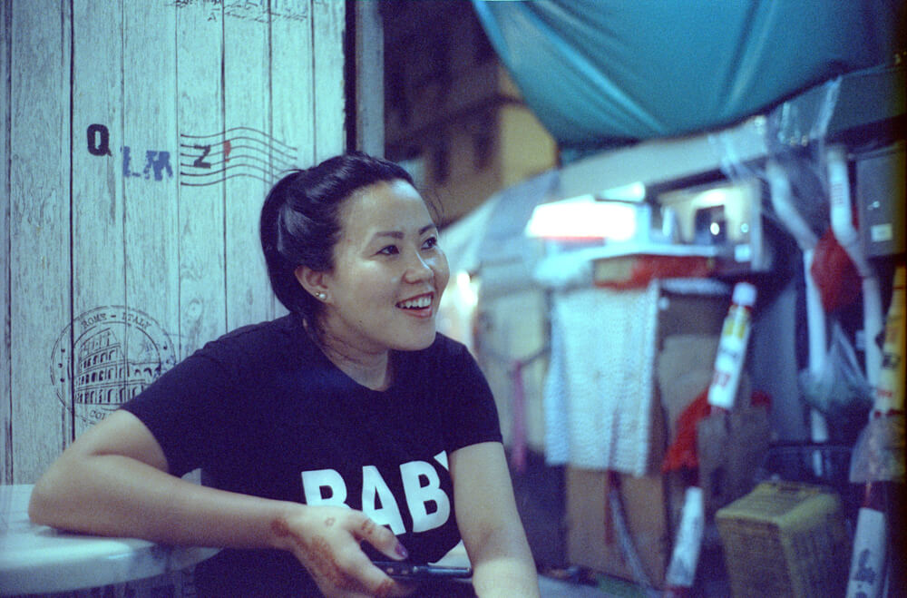 Portrait-Hong-Kong-Night-Tide-Photo-walk-Night-Street-Snap-CineStill-800T-Tungsten-Leica-Summilux-11663-35mm-pushed-ISO2400-Motion-picture-Colour-Movie-Feel-Nepalese-Minorities-Local