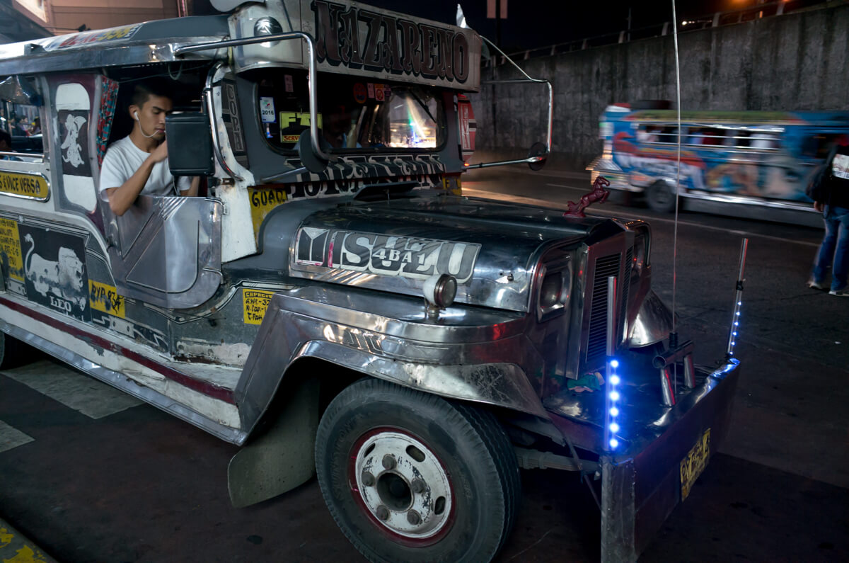 Manila-Philippines-Travel-street-snap-night-photography-signature-jeepney-jeep-car-iconic-vehicle-dercorated-bus-Ricoh-GR-digital-camera-driver-not-there