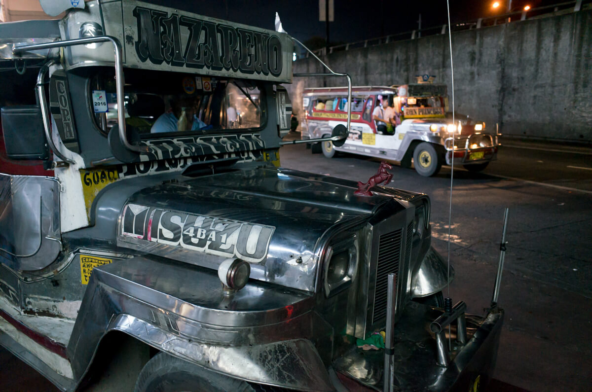 all-bus-parking-city-Manila-Philippines-Travel-street-snap-night-photography-signature-jeepney-jeep-car-iconic-vehicle-dercorated-bus-Ricoh-GR-digital-camera