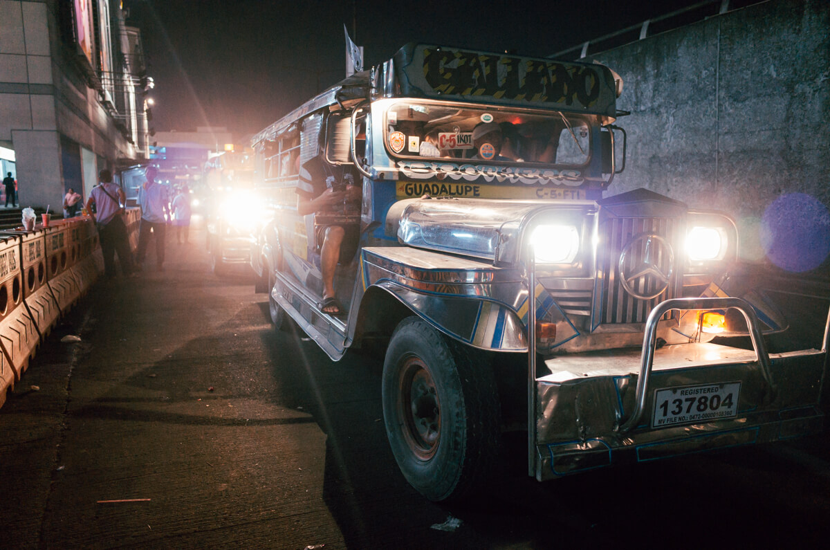 jeepney-local-vehicles-bright-headlight-taguig-manila-philippines-filipino-south-east-asia-travel-trip-local-life-ricoh-GR-digital-camera-city-scanner-photowalk-street-snap-point-and-shoot