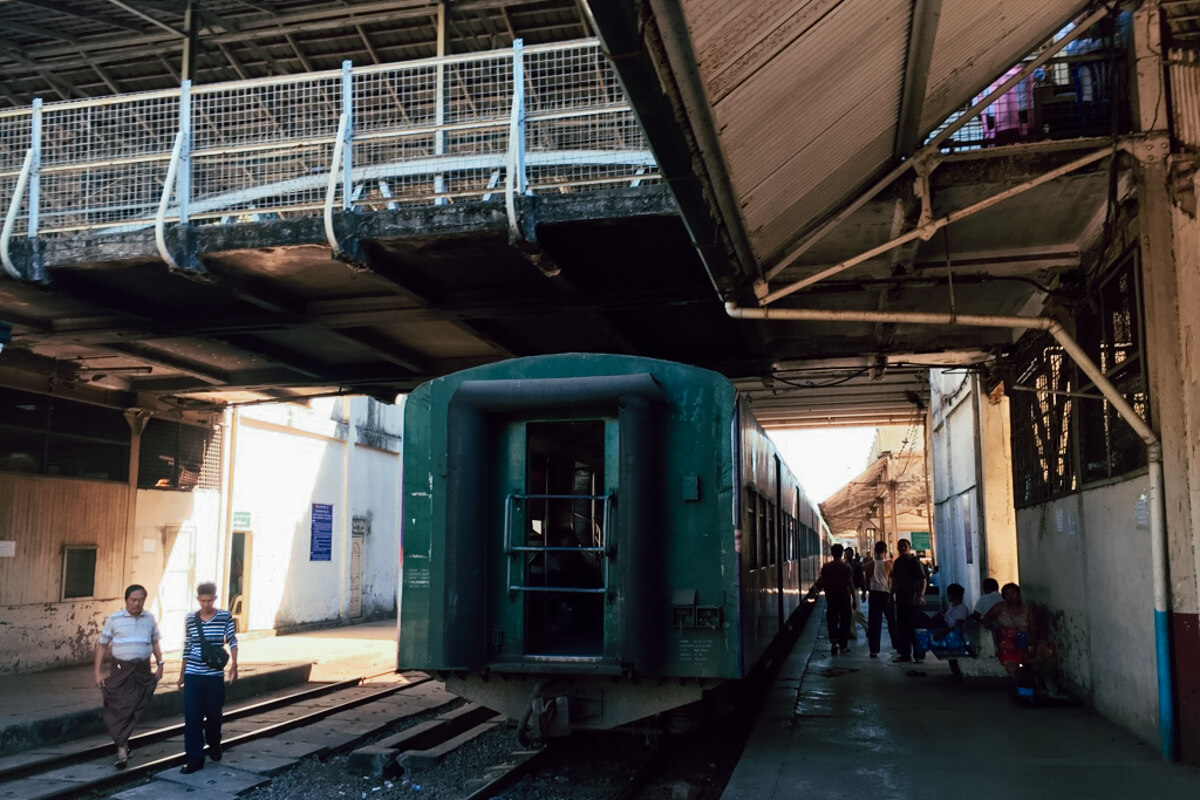 before-boarding-onto-the-train-inside-yangon-central-railway-station-look-train-travel-guide