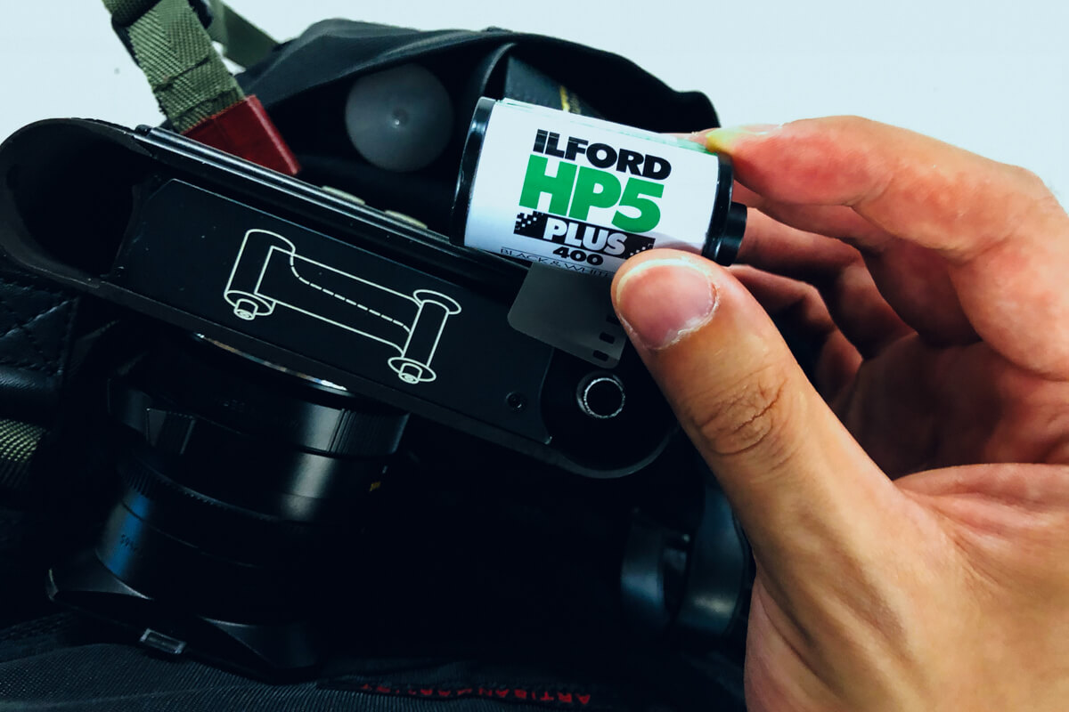 how-did-i-pick-up-film-photography-ilford-hp5-reliable-black-and-white-film-leica-camera