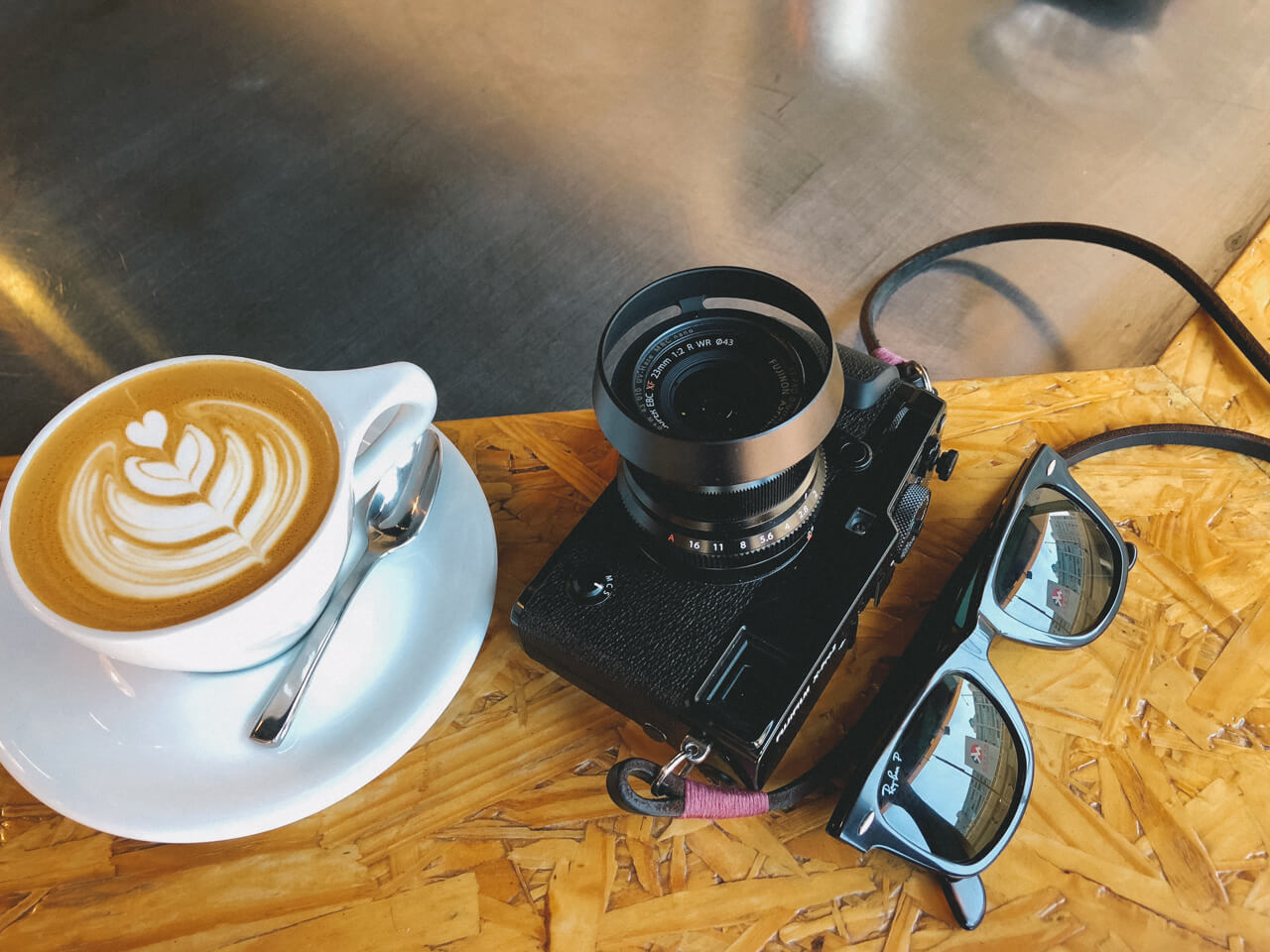 Switching from Leica M10 to Fujifilm X-Pro2