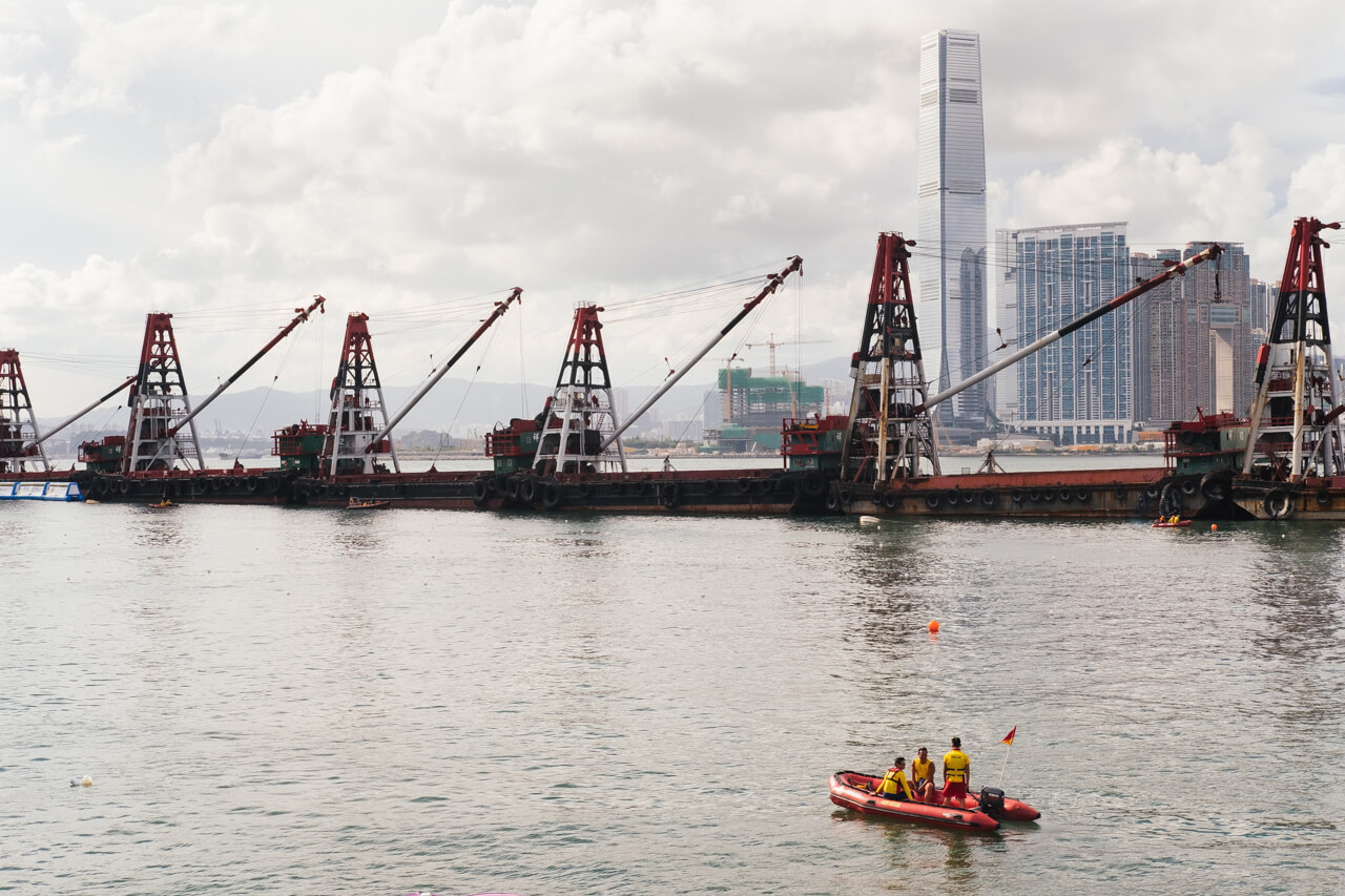 HongKong-Hong-Kong-Dragon-boat-race-festival-June-Fujifilm-Fuji-Xpro2-X-pro2-X-pro-digital-camera-xeries-XF-35mm-f2-WR-lens-HK-Street-snap-composition-paddling-competition-life-saving-savers