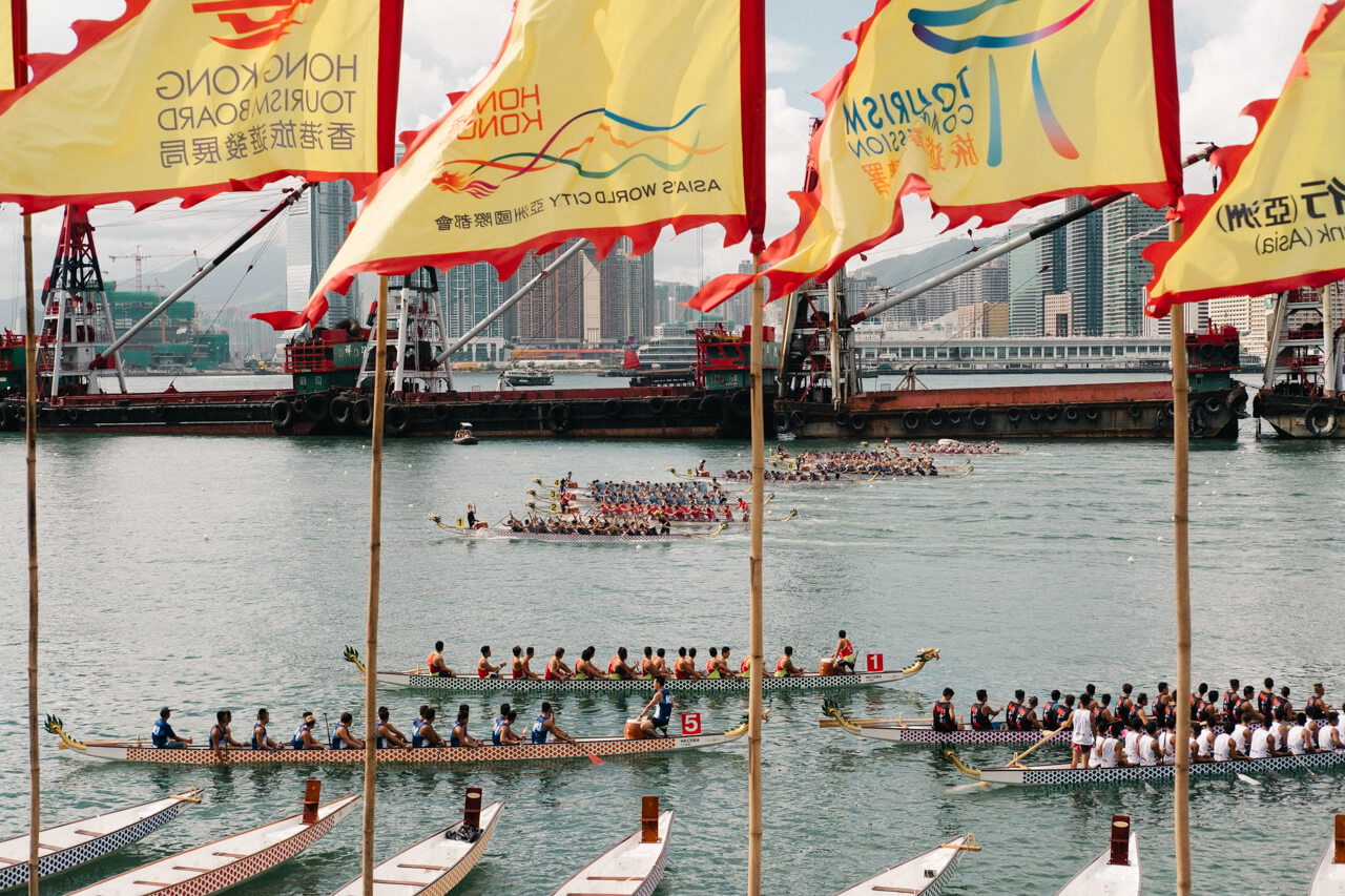 HongKong-Hong-Kong-Dragon-boat-race-festival-June-Fujifilm-Fuji-Xpro2-X-pro2-X-pro-digital-camera-xeries-XF-35mm-f2-WR-lens-HK-Street-snap-composition-paddling-competition