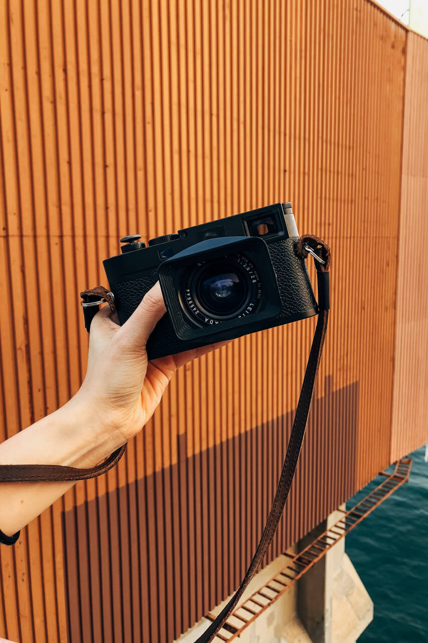 Leica-digital-rangefinder-review-feeling-impression-use-M10-strap-leather-hong-kong-harbour-front-hunghom-elmarit-28mm-f2.8-v2-wide-angle-reason-why-sold-it