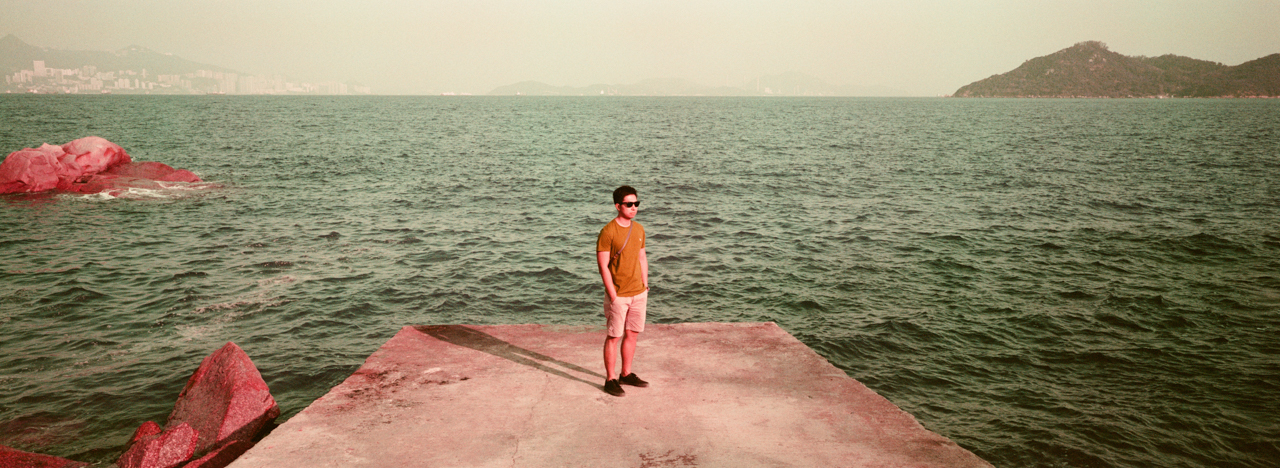 portrait-of-myself-peng-chau-island-trip-weekend-getaway-hasselblad-xpan-xpanii-pano-panoramic-panorama-lomo-lomography-lomochrome-purple-xr-100-320-400-200-iso-color-negative-film-analog