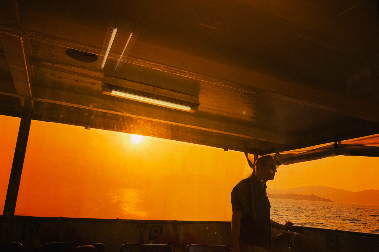sunset-on-the-ferry-back-to-central-hong-kong-hk-852-asia-asian-back-of-the-boat