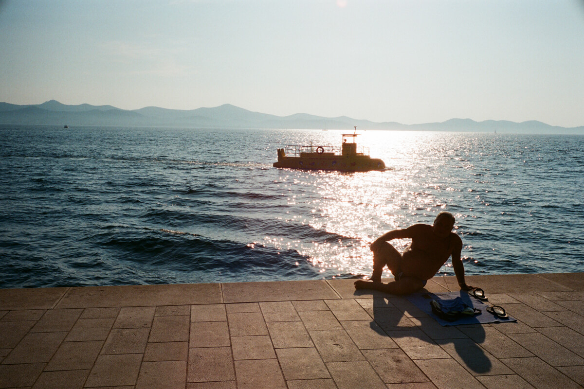 Film-photography-why-shoot-film-leica-Zadar-Croatia-travel-ultramax-400-summilux-35mm-infinity-lock-1.4-kodak-tone-warmth-flashback-experience