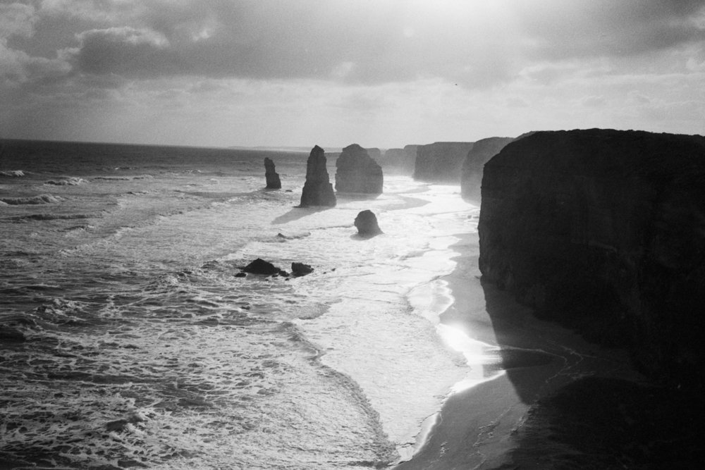 Lens-review-Leica-Summilux-pre-a-asph-infinity-lock-35mm-1.4-film-comparison-compare-Melbourne-australia-twelve-apostles-kodak-eastman-5222-Double-X-400-sunset