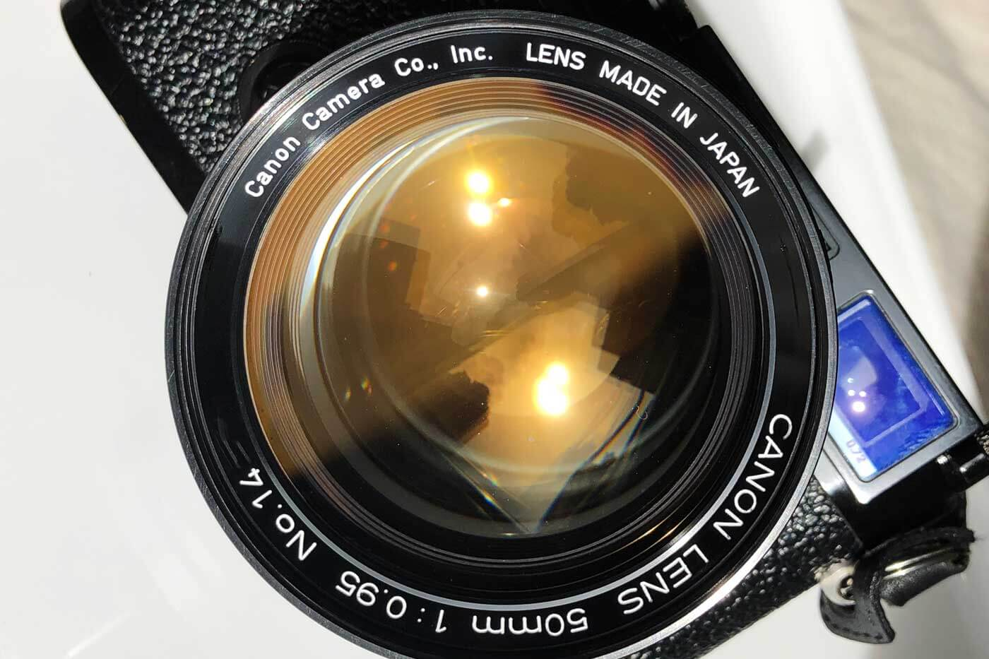 Canon-50mm-50-f0.95-0.95-fastest-lens-fast-bokeh-dream-dreamy-lens-review-character-film-performance-leica-m-mount-converted-coating-colour-amber-engravement-barrel