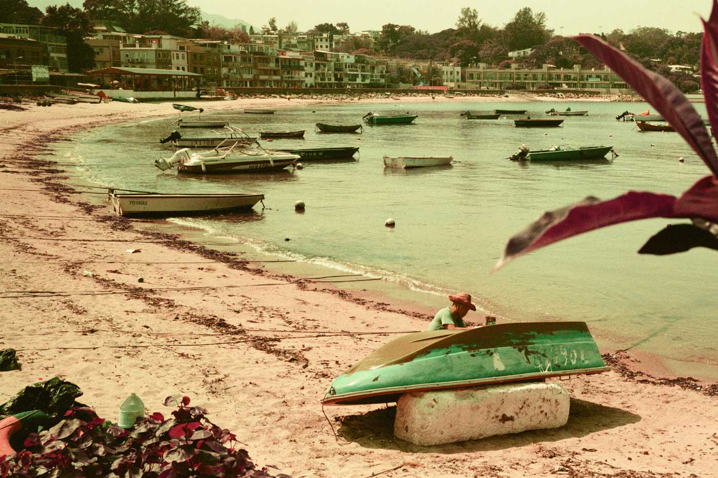 Lomochrome-purple-film-review-pengchau-hk-hong-kong-hasselblad-xpan-sunny-day-aerochrome-replica