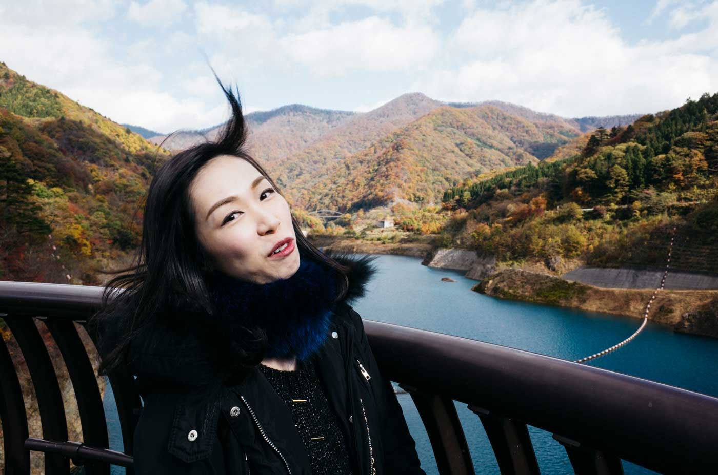 ricoh-gr-II-III-review-camera-point-and-shoot-28mm-sister-wind-blow-up-hair-japan-tokyo-outisde-countryside-lakeview