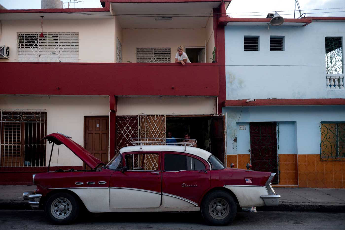 travel-cuba-cienfuegos-leica-m10-rangefinder-35mm-f2-summicron-iv-pre-a-trip-family-car-vintage-old