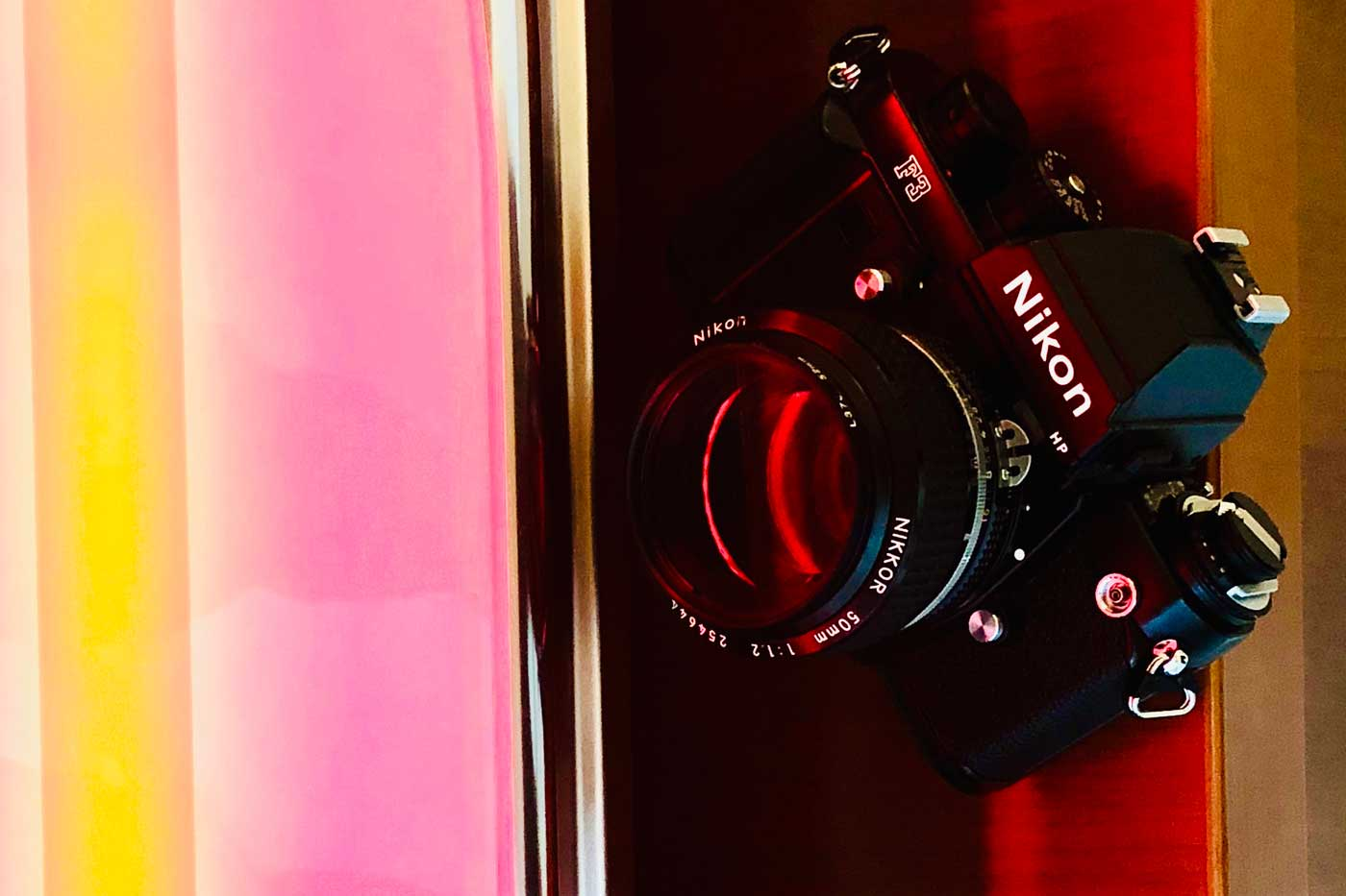 before-buying-film-camera-cameras-photography-slr-vs-rangefinder-types-tutorial-beginner-tips-guides-pros-cons-pick-selection-first-shutter-speed-aperture-sound-mirror-coupling-good-bad-compare-comparison