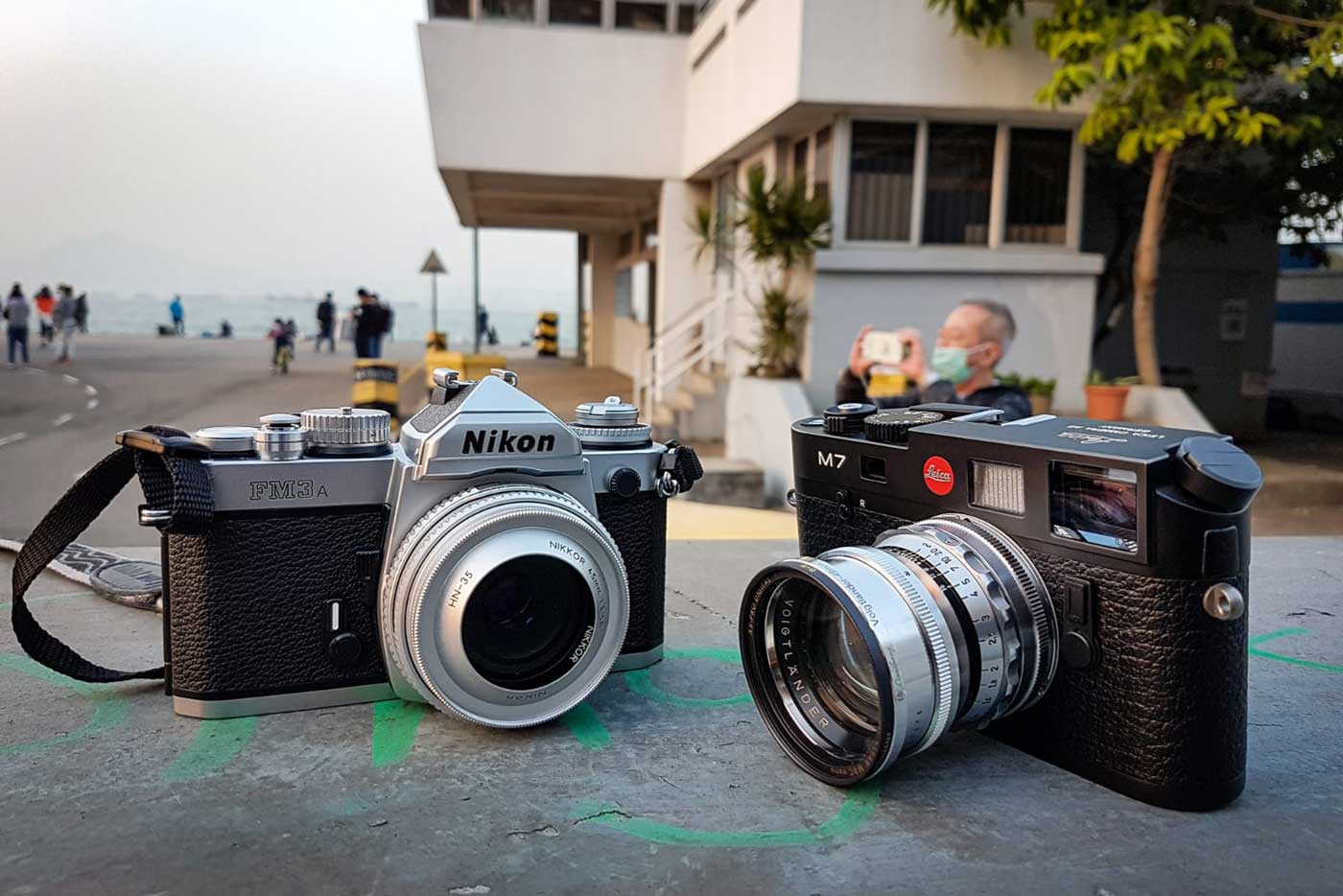 10-tips-buying-second-hand-used-pre-owned-film-camera-beginner-guide-check-detect-inspecting-working-properly-cameras-lenses-first-time-leica-rangefinder-slr-nikon-difference-fm3a-m7