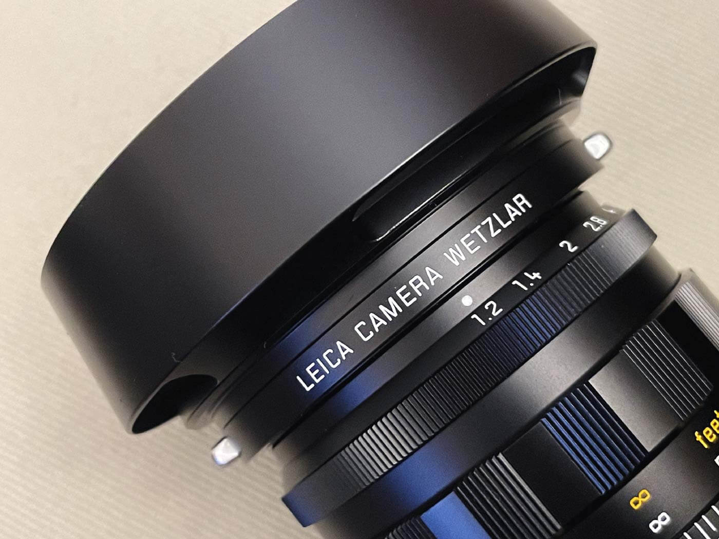 Leica-Noctilux-50mm-f1.2-1.2-asph-aspherical-reissue-v2-II-heritage-edition-limited-unbox-first-impression-certificate-inside-accessories-aperture-ring-focus
