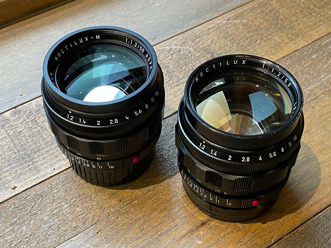 Compare-Leica-Noctilux-50mm-f1.2-50-1.2-asph-aspherical-glass-rare-reissue-original-reproduction-difference-filter-focusing-ring-curl-rim-unbox-side-by-side-comparison-lens-lenses-review-coating-colour
